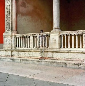 Liu Bolin - Pillars